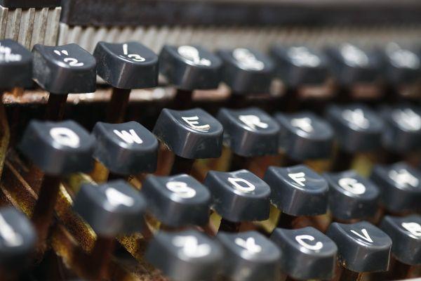 [123] 不只是免費的線上英打練習—Typing.io